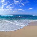 砂山ビーチは波が少し高いです^^