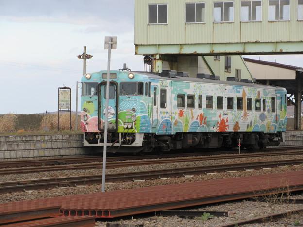 Photos: キハ40 1809「道南 海の恵み」11