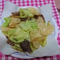 Photos: ポテチ入り肉炒め