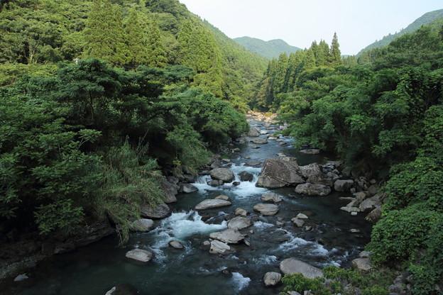 湯出川の流れ