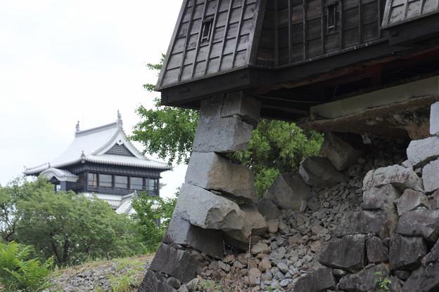 まだ手つかず・・熊本城