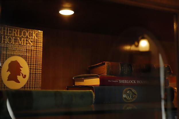 写真: 書棚