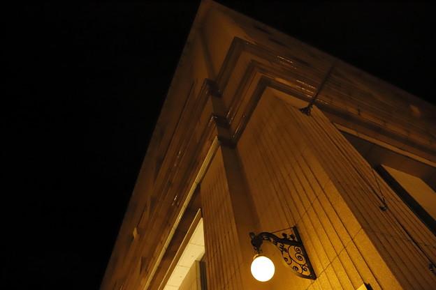 街角の灯り