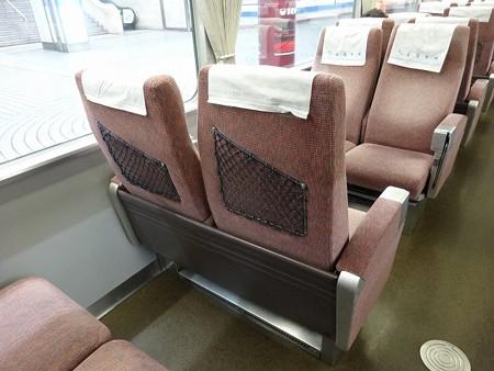 120-座席背後