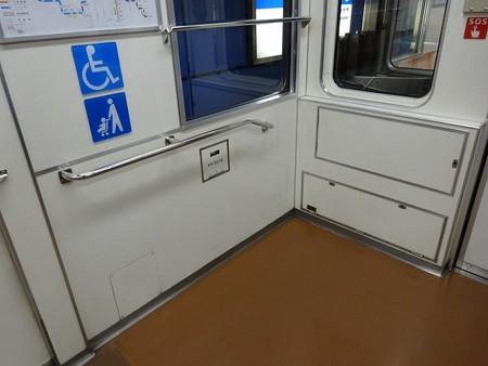 23-車椅子スペース