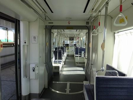 MLRV1000-車端部