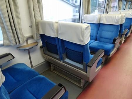 TRR1601-座席背面