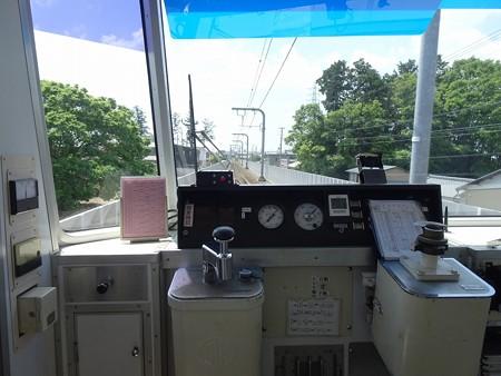 ET10B-運転台