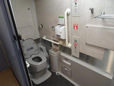 sb100-トイレ2