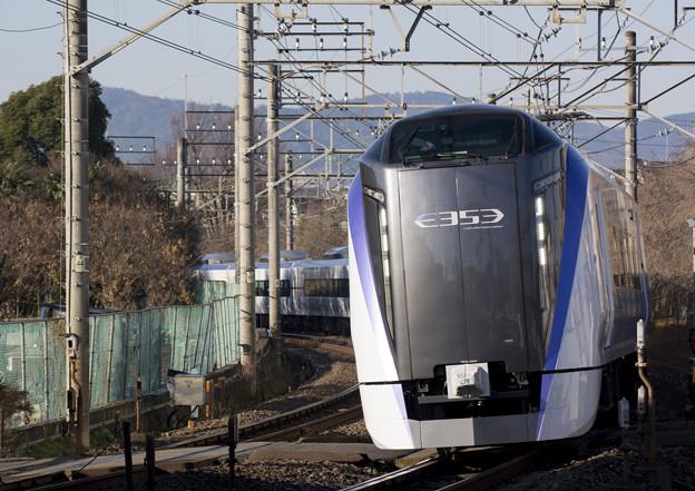 上りE353系一番列車