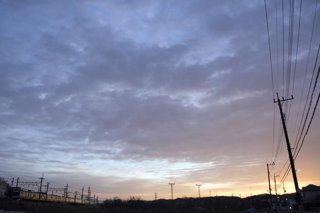明けゆく日野の空 2