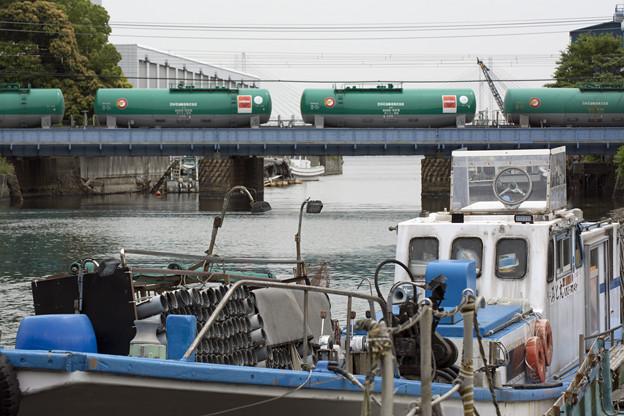 写真: 横浜運河沿い3