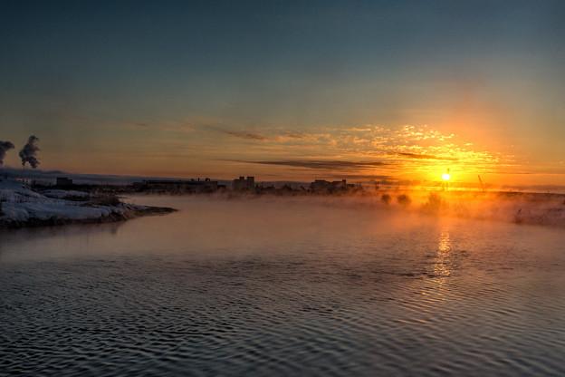 待ちかねた朝陽