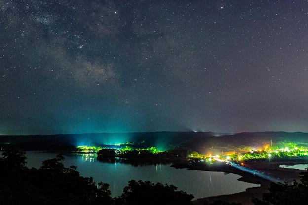 Photos: ー街灯りと天の川ー