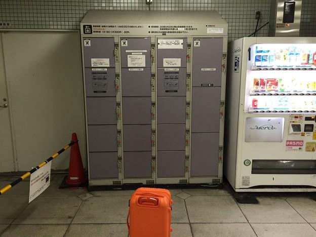 写真: 上野広小路駅コインロッカー