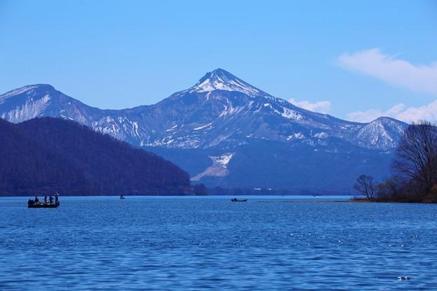 福島 桧原湖と磐梯山