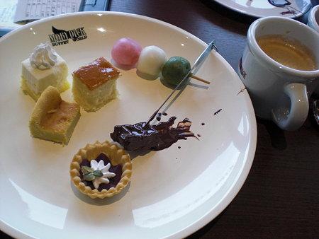 お皿デザート&カフェラテ