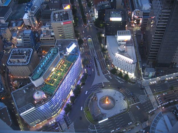 名古屋駅前。