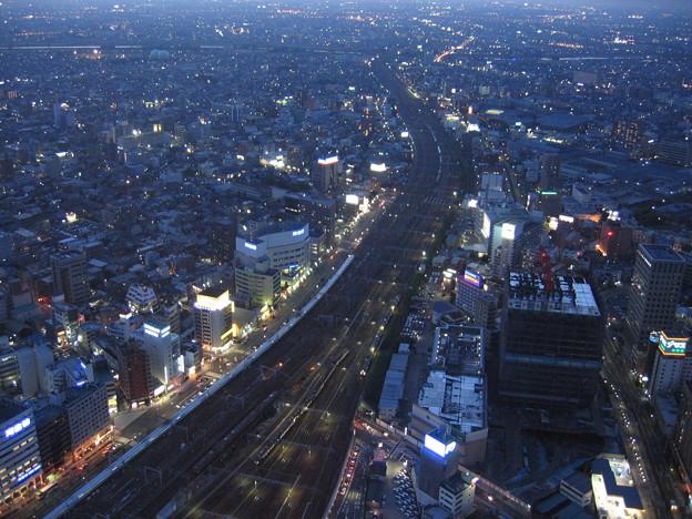 上から名古屋駅。