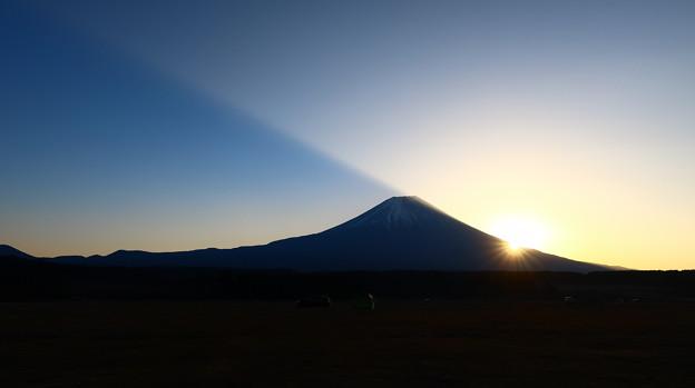 富士山の影