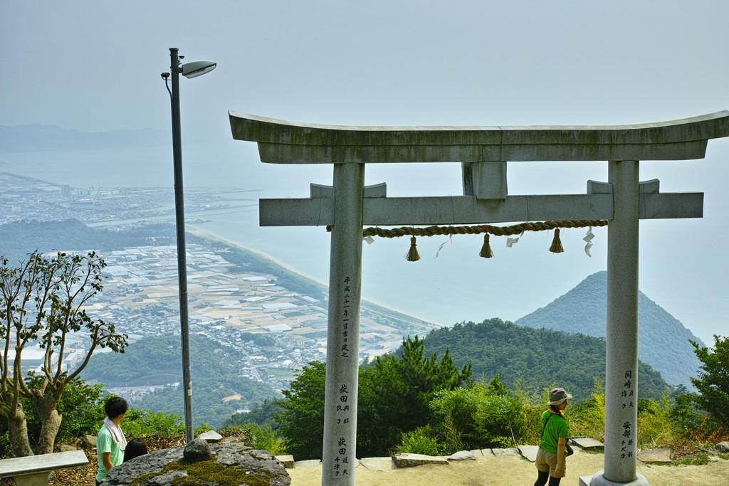 天空の鳥居(高屋神社) #5