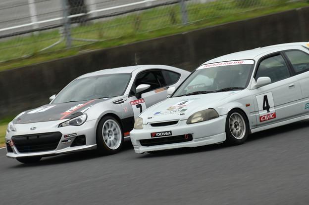 ツーリングカーレース