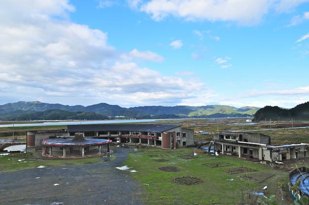 写真: 大川小学校跡