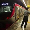 Photos: 都営新宿線小川町駅4番線 京王5735F各停本八幡行き