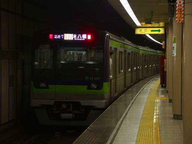 都営新宿線小川町駅4番線 都営10-520F各停本八幡行き前方確認
