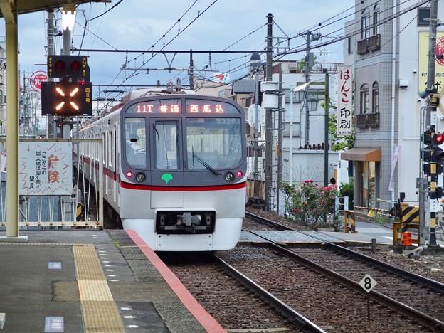 京成押上線立石駅1番線 都営5326F普通西馬込行き後方よし
