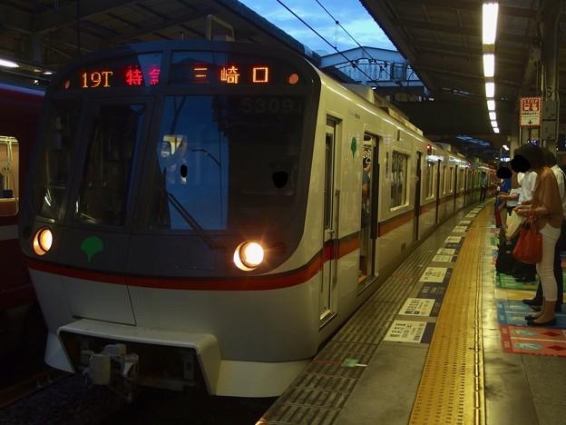 京急線京急品川駅1番線 都営5309