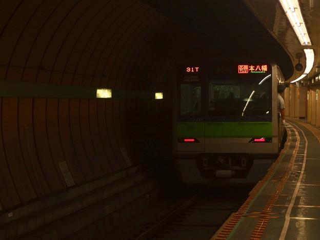 都営新宿線浜町駅2番線 都営10-450F各停本八幡行き前方確認(2)