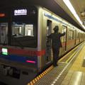 都営浅草線高輪台駅2番線 京成3858F快速特急芝山千代田行き側面よし