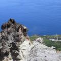Photos: 恵山灯台を見下ろす