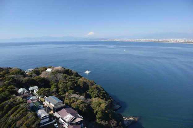 江の島から見る富士 (2)
