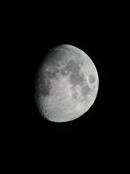 写メで写した月