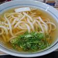 写真: 広島駅_立ち食いそば「ちから」かけうどん