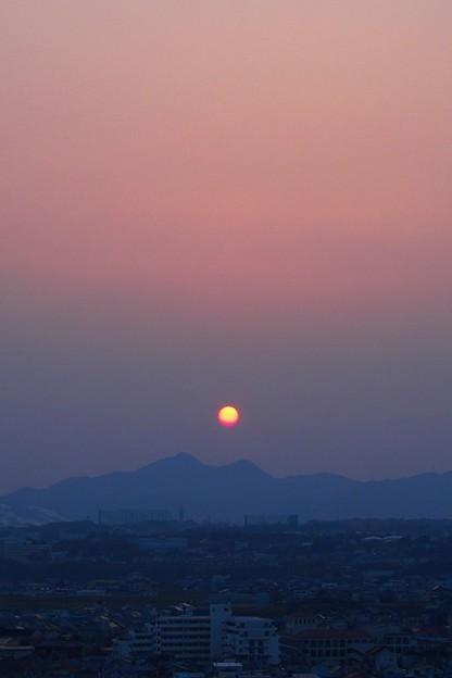 二上山からの日の出