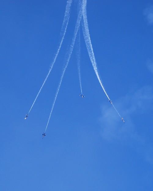 Photos: Blue Angels Delta Loop to Burst 9-6-15