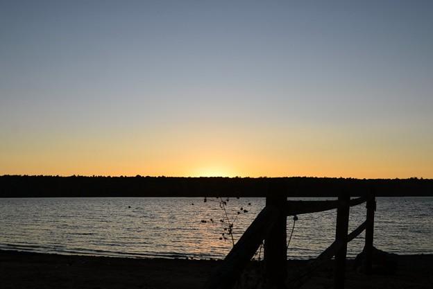 写真: At the Beach of the Lake 10-20-17