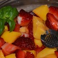 写真: Mango & Strawberry Salad 3-11-18
