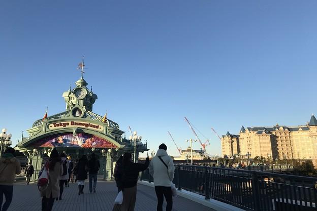 朝7時25分。舞浜駅から歩く。2019-1-27