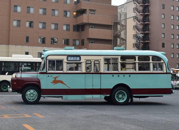 奈良交通  [ボンネットバス]