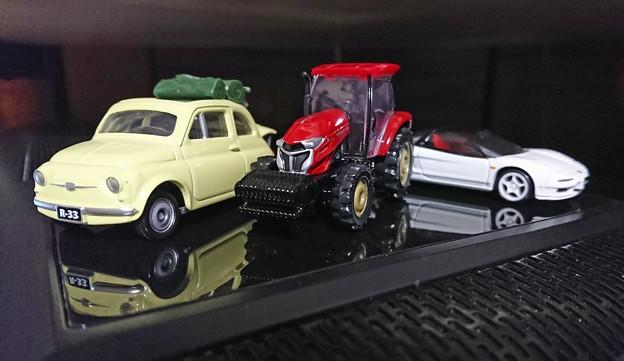 トミカ 83 ヤンマートラクター