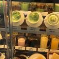 写真: 溶けた食品サンプル