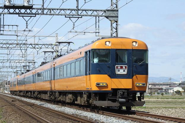 近鉄12200系スナックカー
