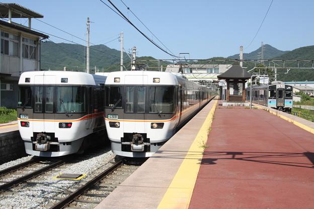 383系・E127系