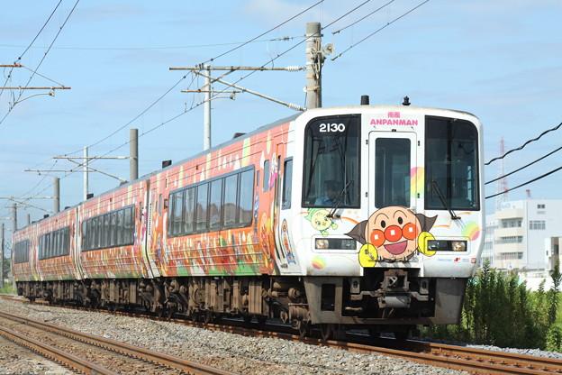 2000系アンパンマン列車 特急南風
