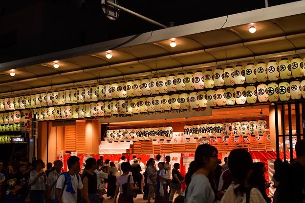 2018_0716_204125 八坂神社の御旅所