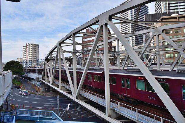 2019_0106_143246 阪急3線同時発車